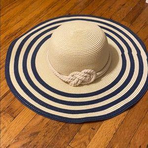 Floppy striped beach hat
